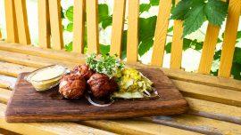 Friterade fläsk- och gorgonzolaköttbullar