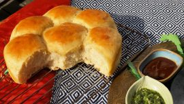 Pav, indiskt mjukt bröd att fylla