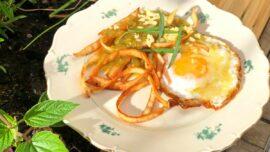 Salsa verde med pepicha + min bästa äggfrukost