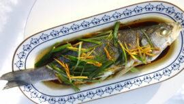 Kinesisk ångad fisk